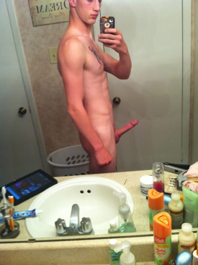 Shaved Hot Guy's Dick