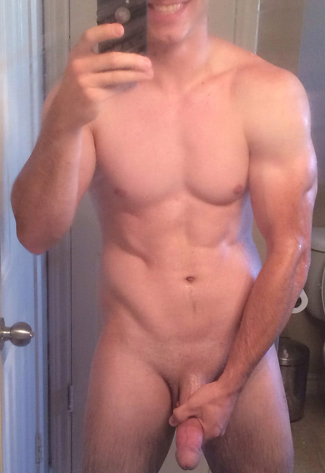 Muscled Guy's Long Dick