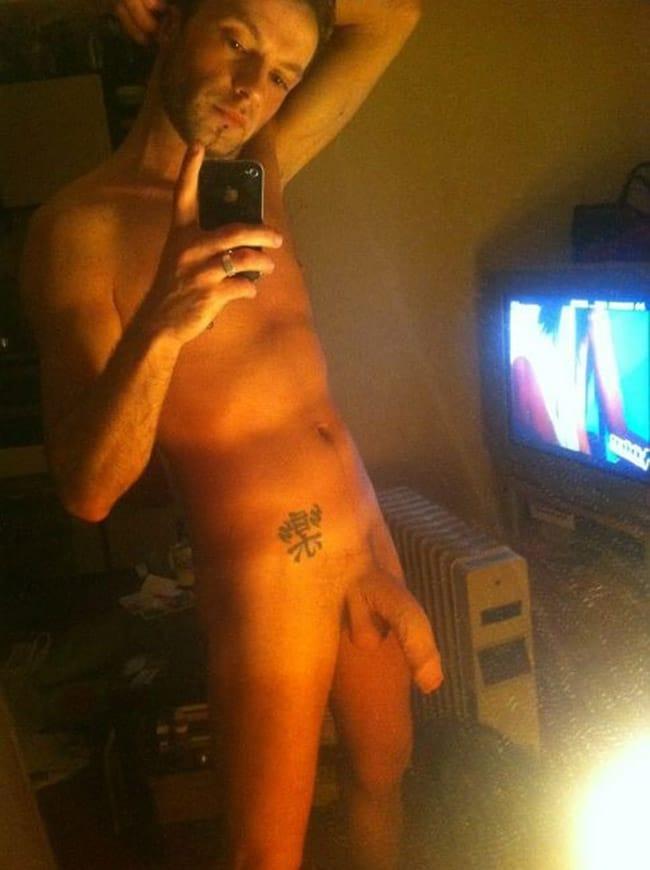 Sexy Guys Lowered Dick